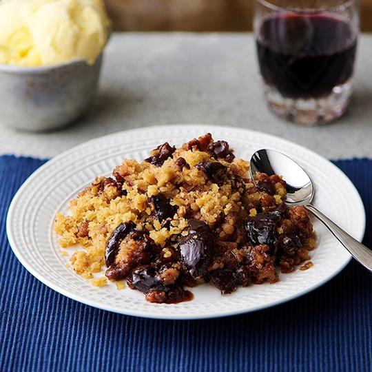 Plum and Ginger Crumble